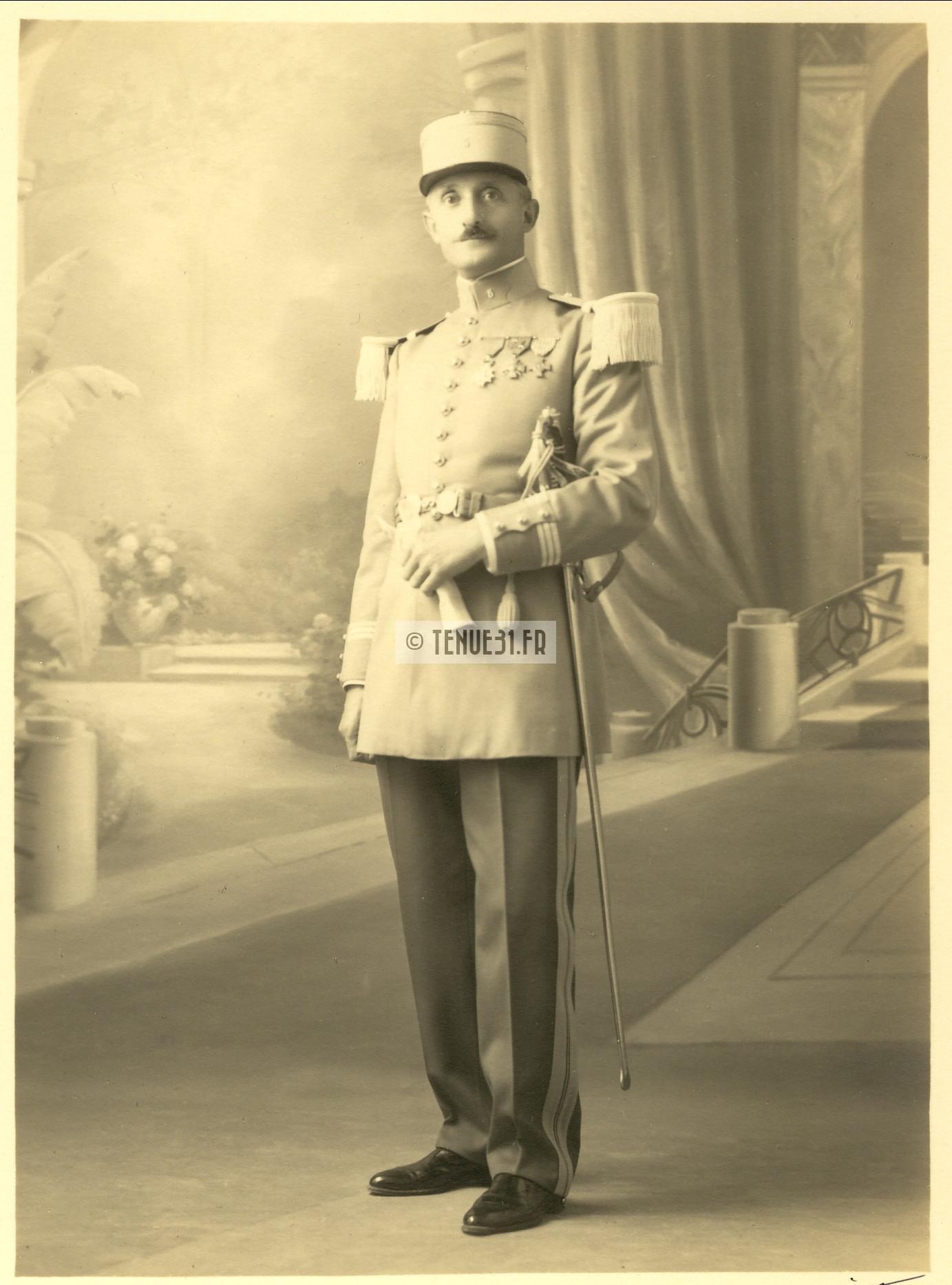 Uniforme grande tenue officier français modèle 31 1931 tenue31.fr chasseurs d'afrique