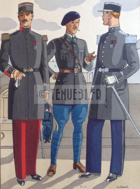 Capitaine de cuirassiers à gauche.