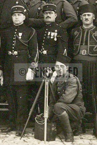 4e régiment de zouaves lieutenant et sous-lieutenant.