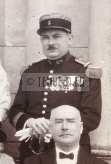Chef de Bataillon Artillerie Coloniale. Photographe Pierre Prémery, 23 rue Lafayette Nevers.