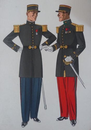 Capitaine d'Infanterie de la Légion étrangère (à droite) accompagné d'un capitaine d'Infanterie Coloniale (à gauche).