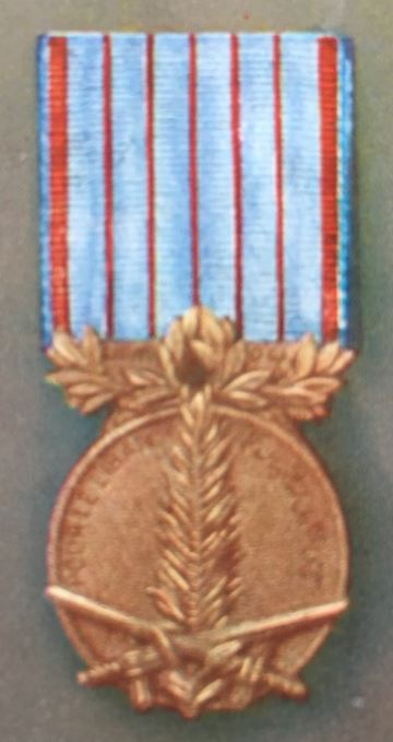 médailles ordres et décorations militaires : Commémorative du Liban