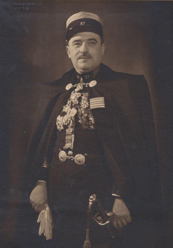 Colonel Lambert chef de corps du 37e RI en cape